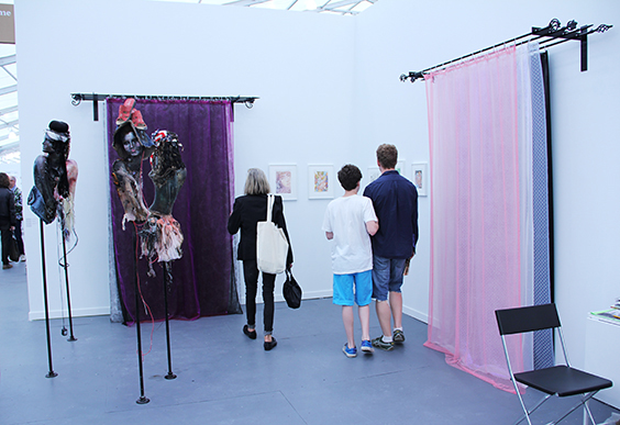 B35_FRIEZENEWYORK2013_FRAME_StewartUoo_47_Canal_NY_3_ok