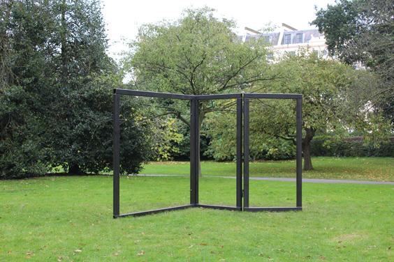 Carol-Bove,-Open-Screen,-Frieze-Sculpture-Park,-Freize-London-2105,-photo-Guy-Sangster-Adams