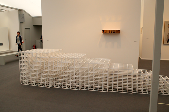 FM14_Sol-lewitt-(with-donald-judd-in-background)-Elvira-Gonzalez-Madrid-(1-of-3)