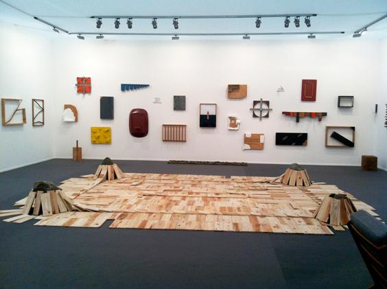 Kishio-Suga--Blum-&-Poe-Gallery_Masters2013