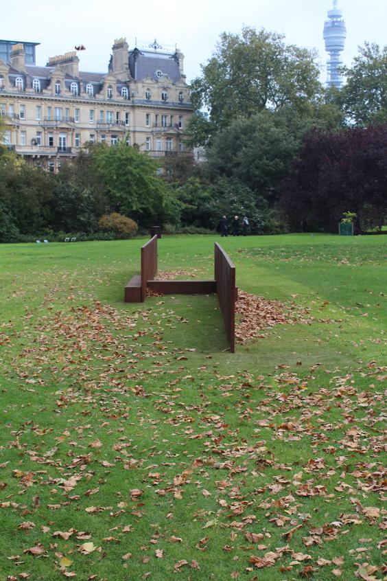Richard-Serra,-Lock,--Frieze-Sculpture-Park,-Freize-London-2105,-photo-Guy-Sangster-Adams